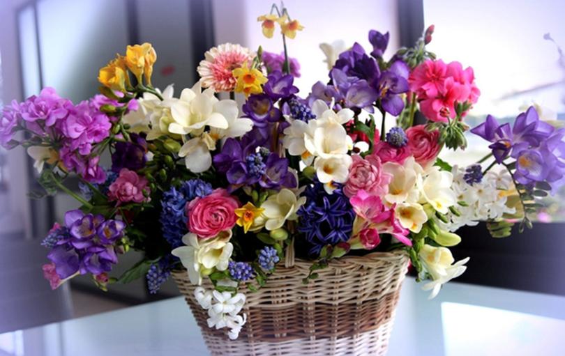 Красиві та оригінальні привітання з 8 Березня своїми словами, у прозі українською мовою